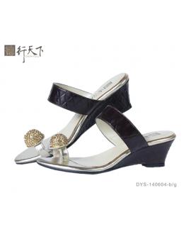 【富樂小舖】德行天下 時尚休閒涼鞋--咖啡/金DYS-140604-b/g