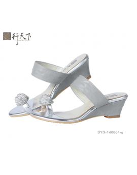 【富樂小舖】德行天下 時尚休閒涼鞋-灰DYS-140604-g